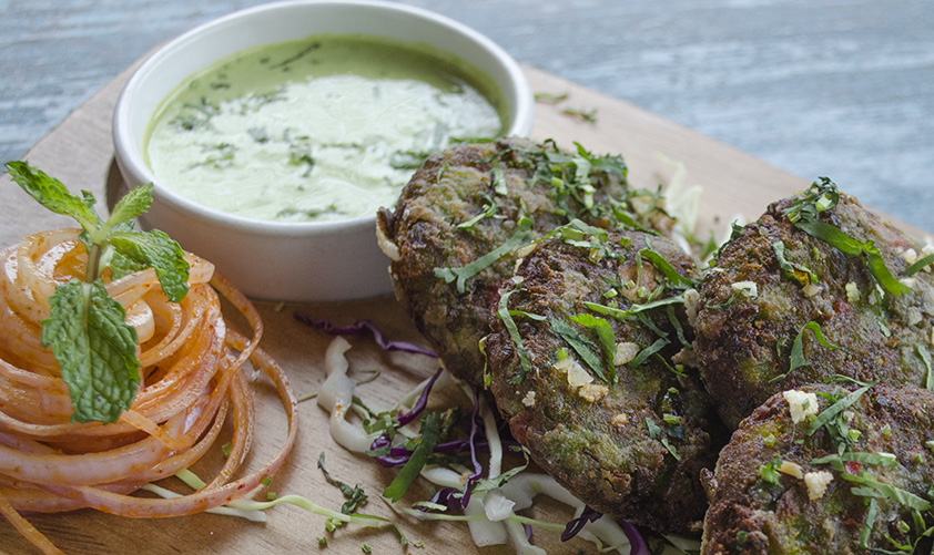 cafe-muzino_hara-kabab-poha-crusted_kyaakarein